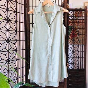 Anthro Cloth & Stone Green Sleeveless Button Down